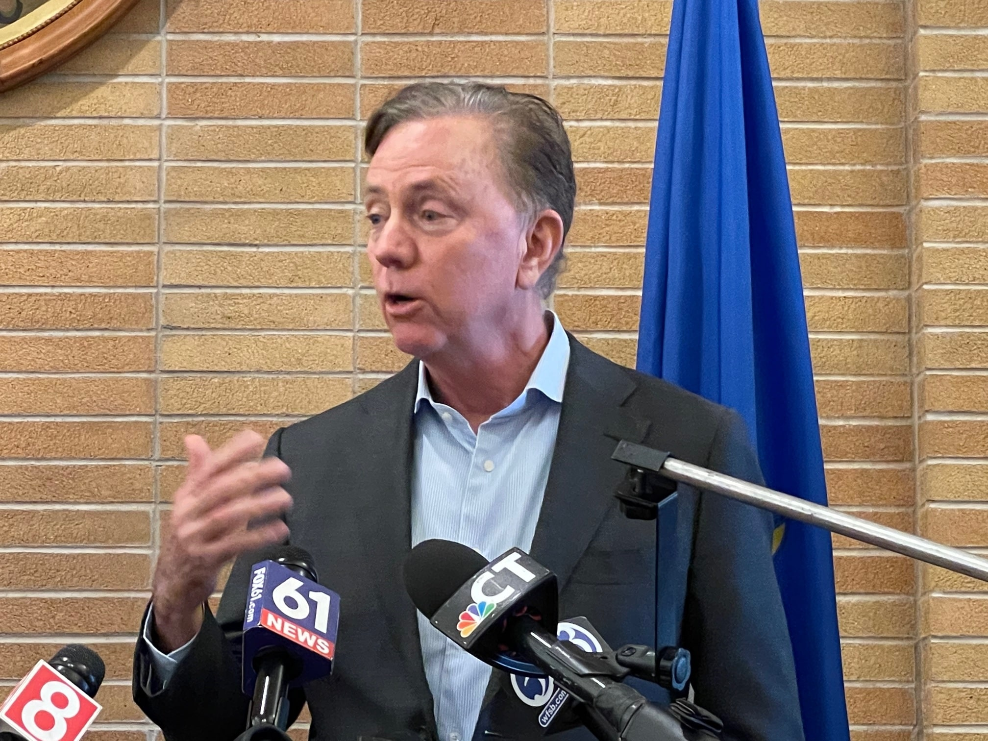 The power of incumbency: For now, Ned Lamont is tip-toeing towards re-election