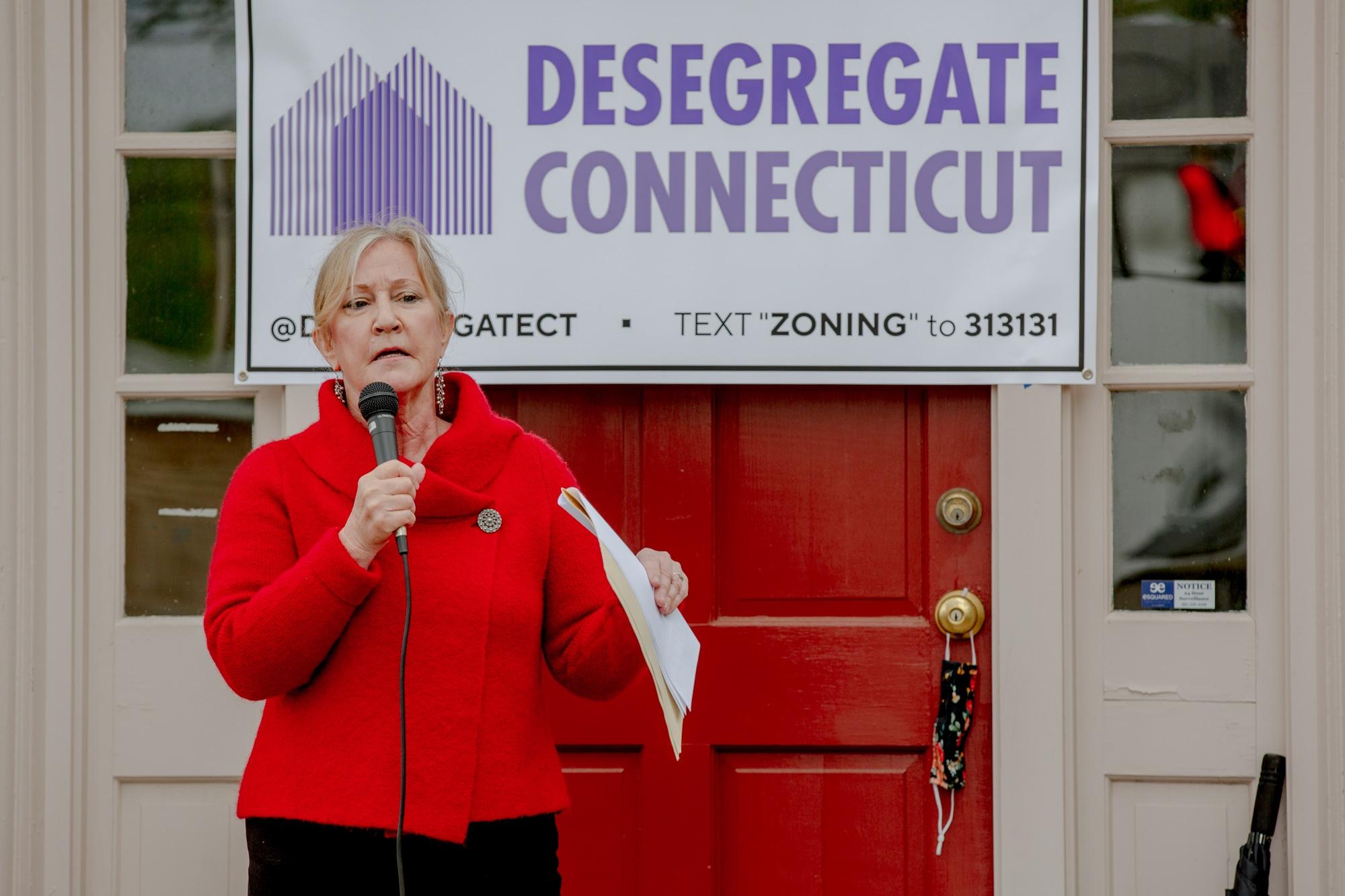 Senate passes controversial zoning reform bill