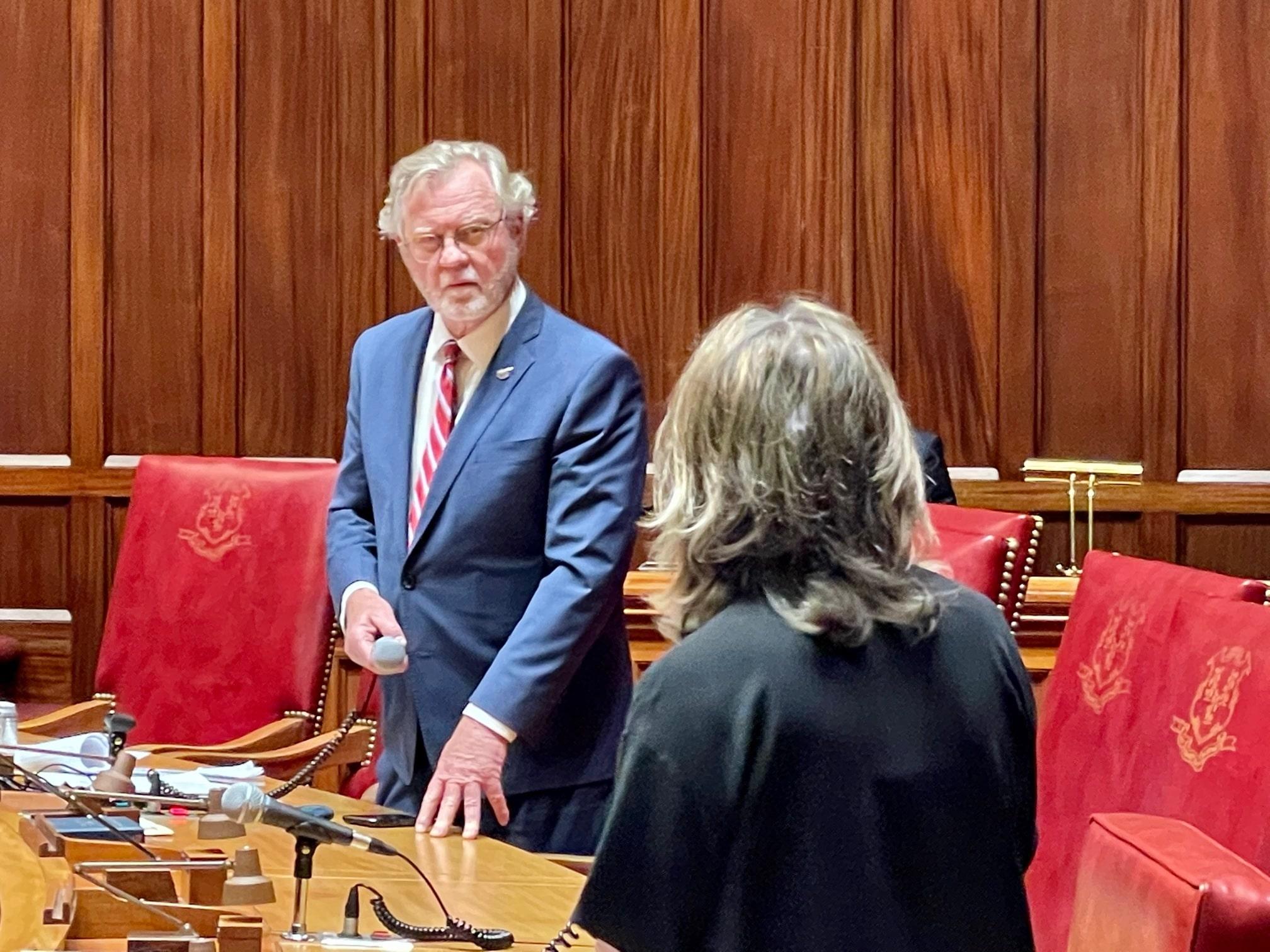 Senate Democrats pass 'fair work week' bill