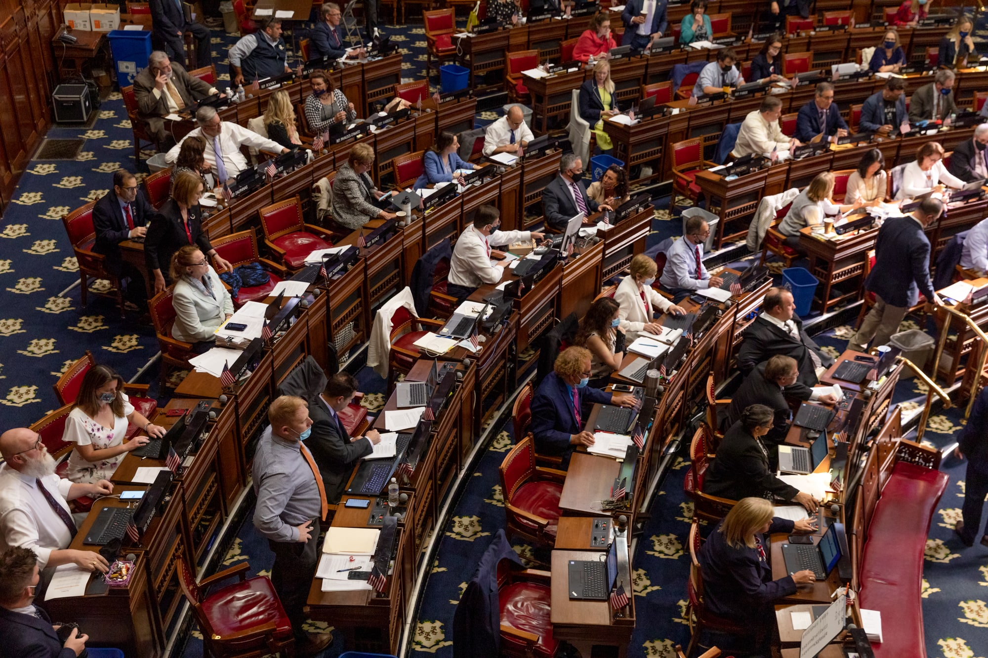Photo essay: The Capitol comes to life on the last day of the session