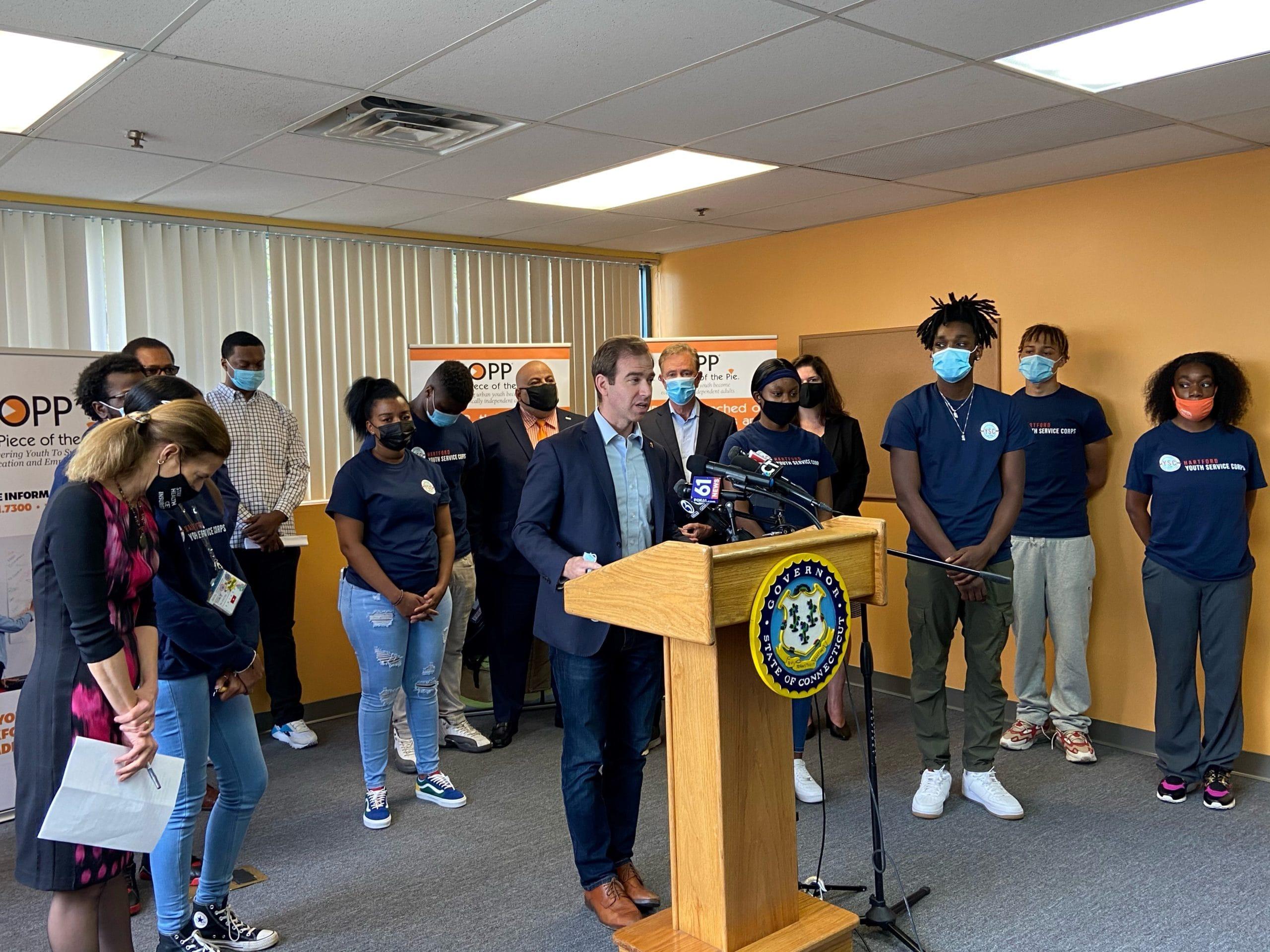 Lamont announces $7.7 million expansion of Connecticut Youth Employment Program