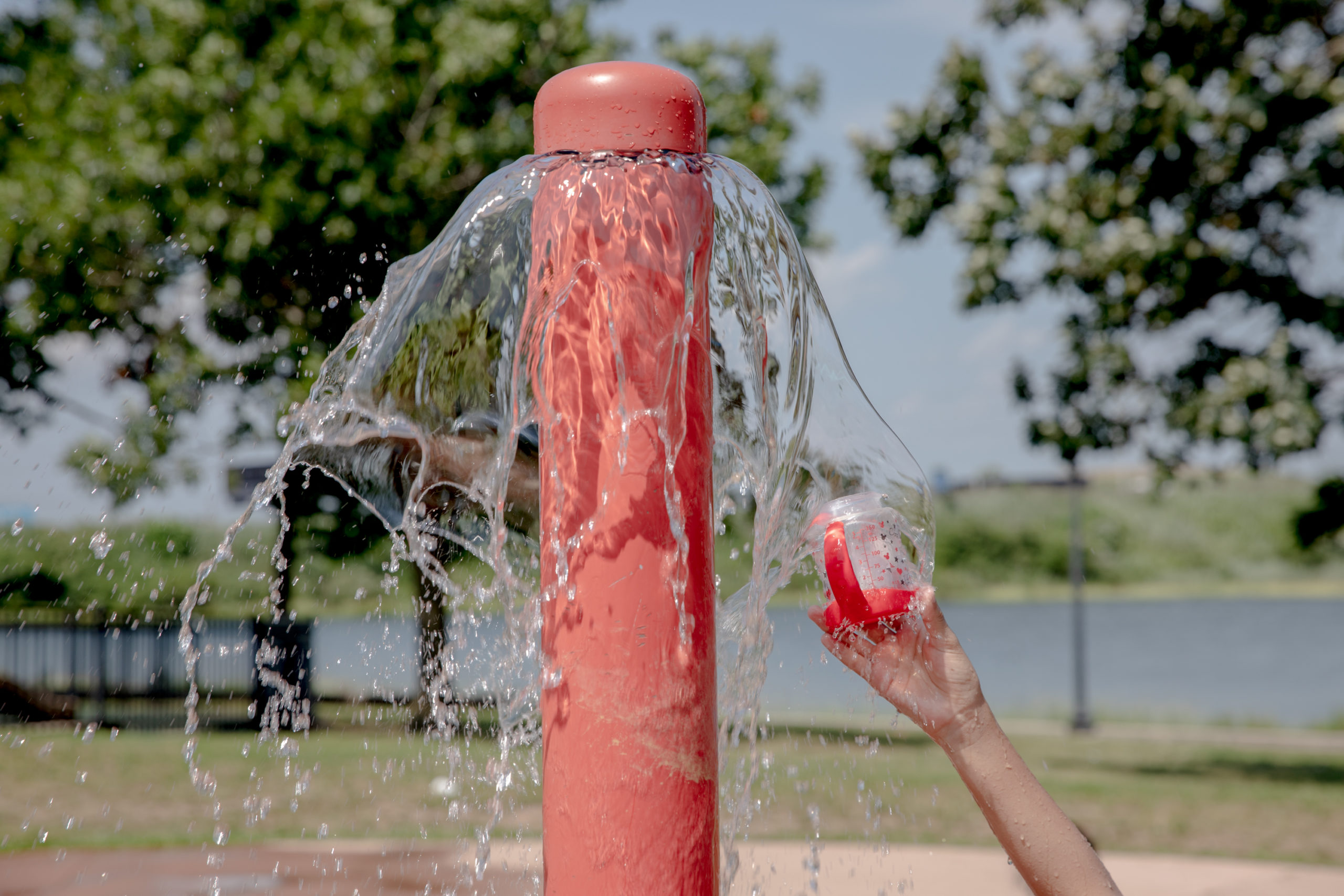 Photo story: As temperatures soared, people kept cool in city parks